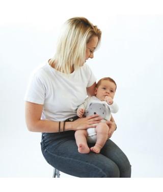 Maman et son bébé avec sa mini Bouillotte de Massage P'tit Loup