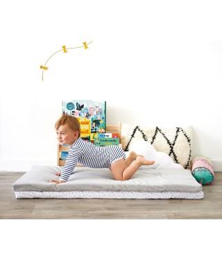 Travel mattress 60 x 120 polycotton stars
